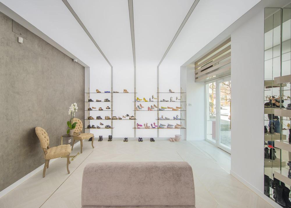 Cauti o Pereche de Incaltaminte de Calitate Realizata in Romania? Contact Gemelli Shoes pantofi incaltaminte comanda online mireasa nunta
