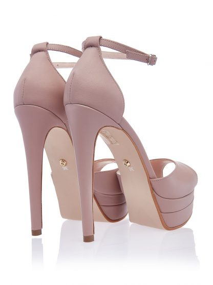 Sandale Rania 12 pantofi de mireasa la comanda online nunta piele naturala elegante botez nasa Constanta Romania Pantofi la comanda lucrati manual din piele naturala disponibili pe orice culoare Comanda Online dintr-o gama variata de modele Configureaza-ti noua pereche incaltaminte si fii la moda. Sandale de Mireasa