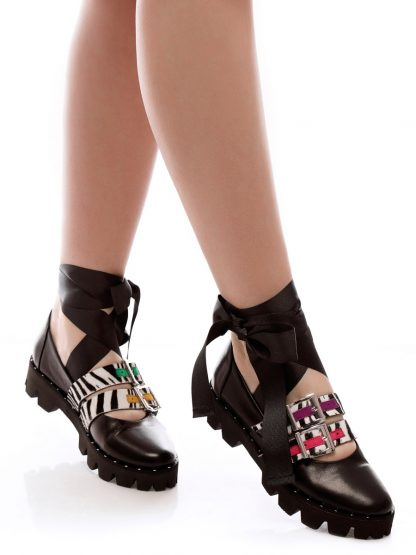 Balerin Balet Twist pantofi dama la comanda piele naturala online dama casual Constanta Romania Pantofi la comanda lucrati manual din piele naturala disponibili pe orice culoare Comanda Online dintr-o gama variata de modele Configureaza-ti noua pereche de incaltaminte si fii la moda Descopera colectia de balerini de zi