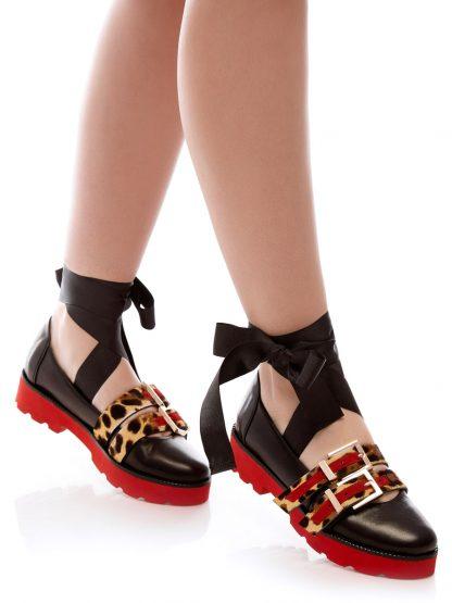 Balerin Balet Red Pony pantofi incaltaminte la comanda online dama casual Constanta Romania Pantofi la comanda lucrati manual din piele naturala disponibili pe orice culoare Comanda Online dintr-o gama variata de modele Configureaza-ti noua pereche de incaltaminte si fii la moda Descopera colectia de balerini de zi