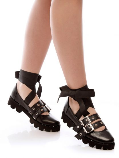 Balerin Balet Black pantofi incaltaminte la comanda online casual dama casual Constanta Romania Pantofi la comanda lucrati manual din piele naturala disponibili pe orice culoare Comanda Online dintr-o gama variata de modele Configureaza-ti noua pereche de incaltaminte si fii la moda Descopera colectia de balerini