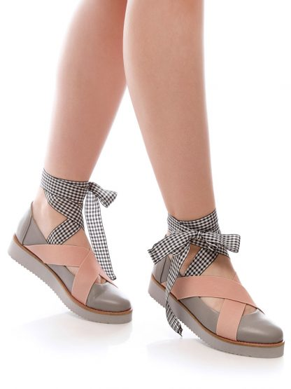 Balerin Balet Pink pantofi incaltaminte la comanda online casual dama casual Constanta Romania Pantofi la comanda lucrati manual din piele naturala disponibili pe orice culoare Comanda Online dintr-o gama variata de modele Configureaza-ti noua pereche de incaltaminte si fii la moda Descopera colectia de balerini