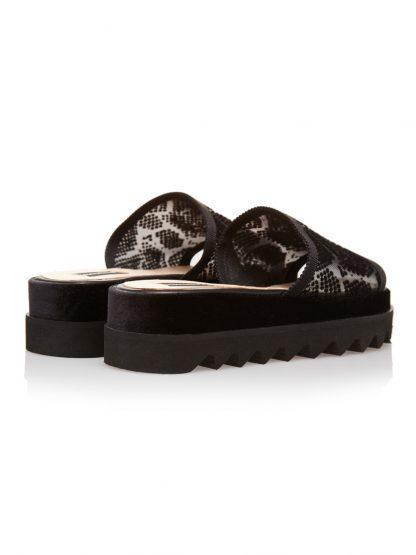 Sandale la comanda lucrate manual din piele naturala disponibili pe orice culoare Sanda Vara Neagra GEMELLI 2018 Piele SANDALE Joase Broderie